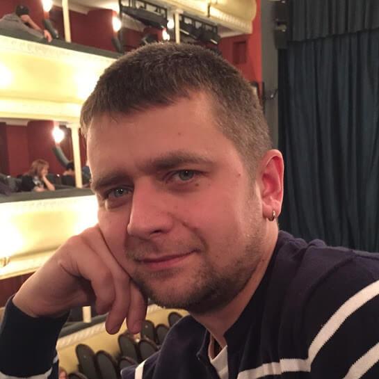 Руслан Сериков